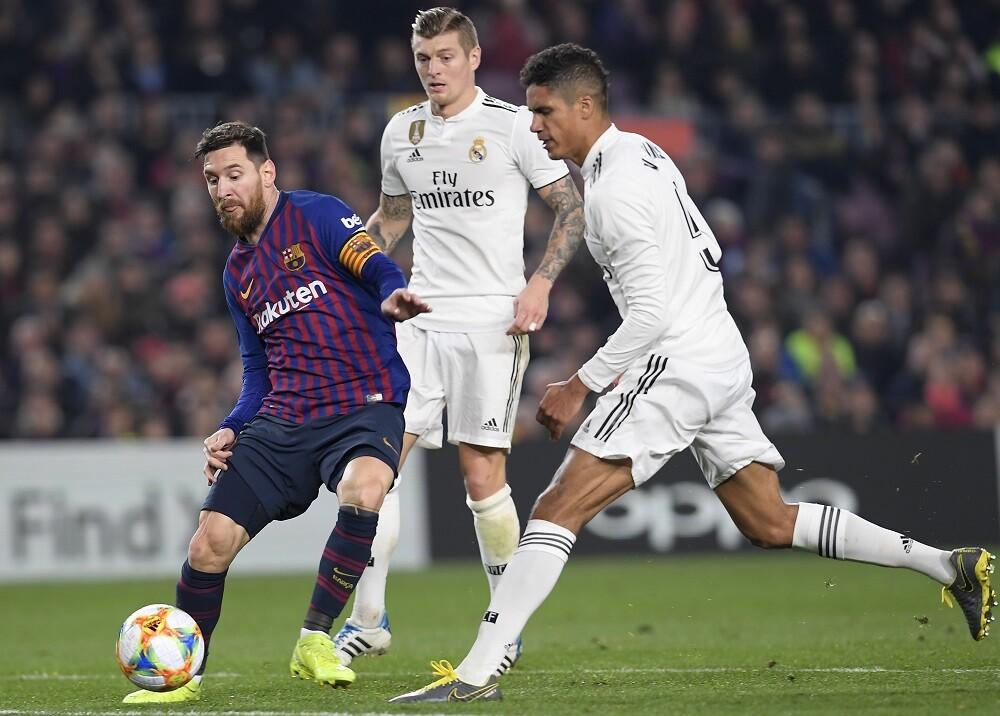 328588_Blu Radio. Barcelona vs Real Madrid // Foto: AFP