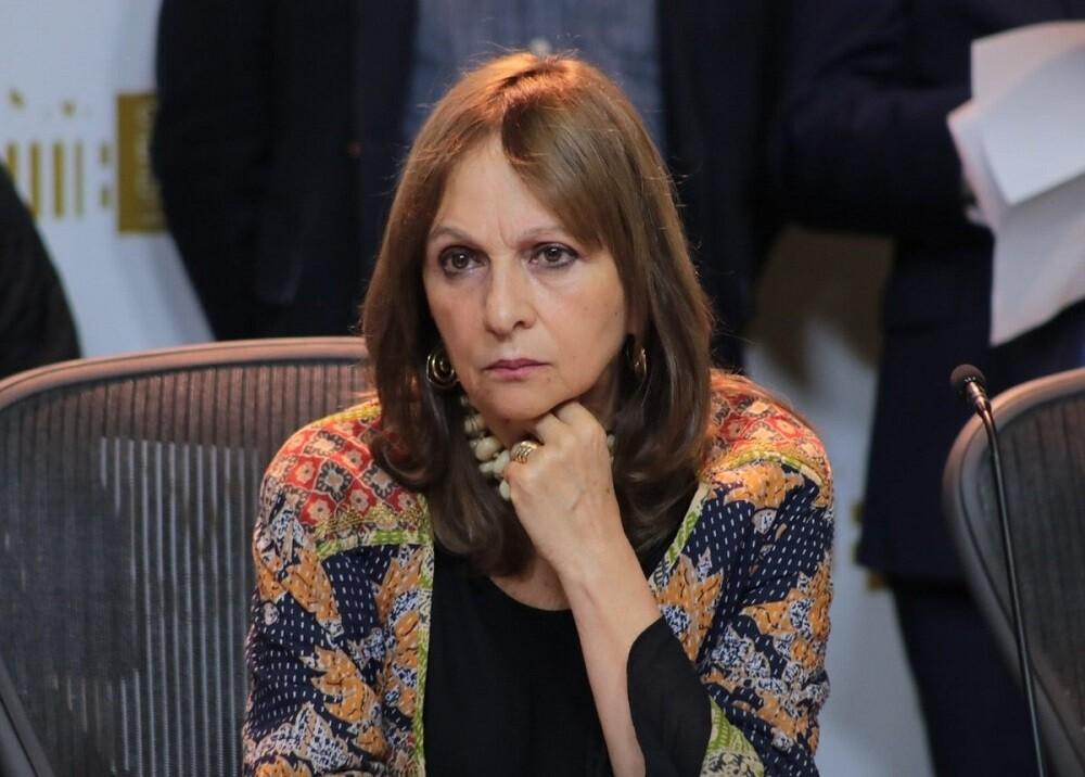 332710_BLU Radio // Ángela María Robledo // Foto: Twitter @angelamrobledo