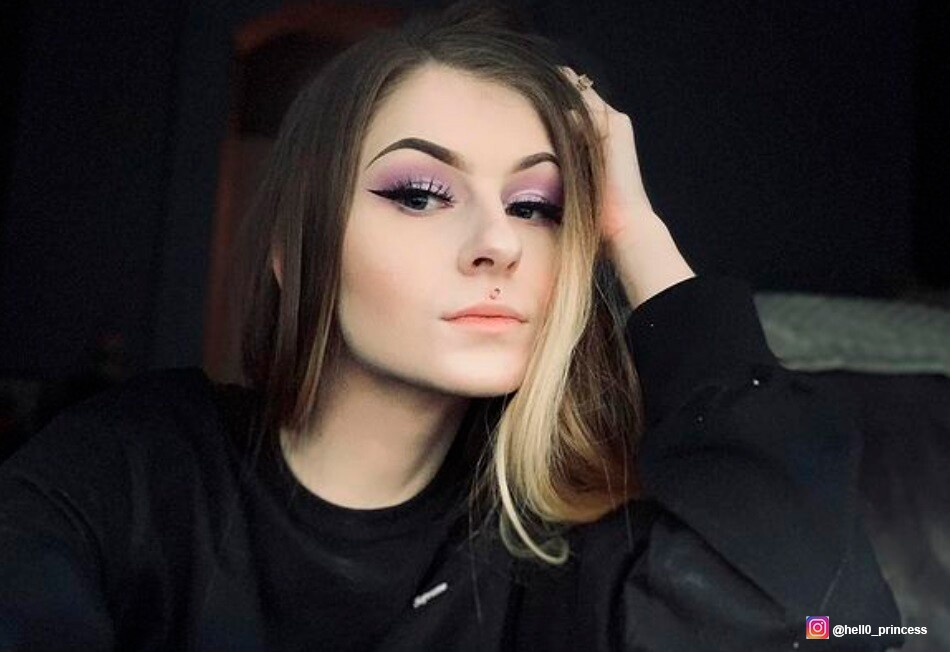 Reiley Davis confiesa que sufre de una extraña anomalía, tiene dos vaginas