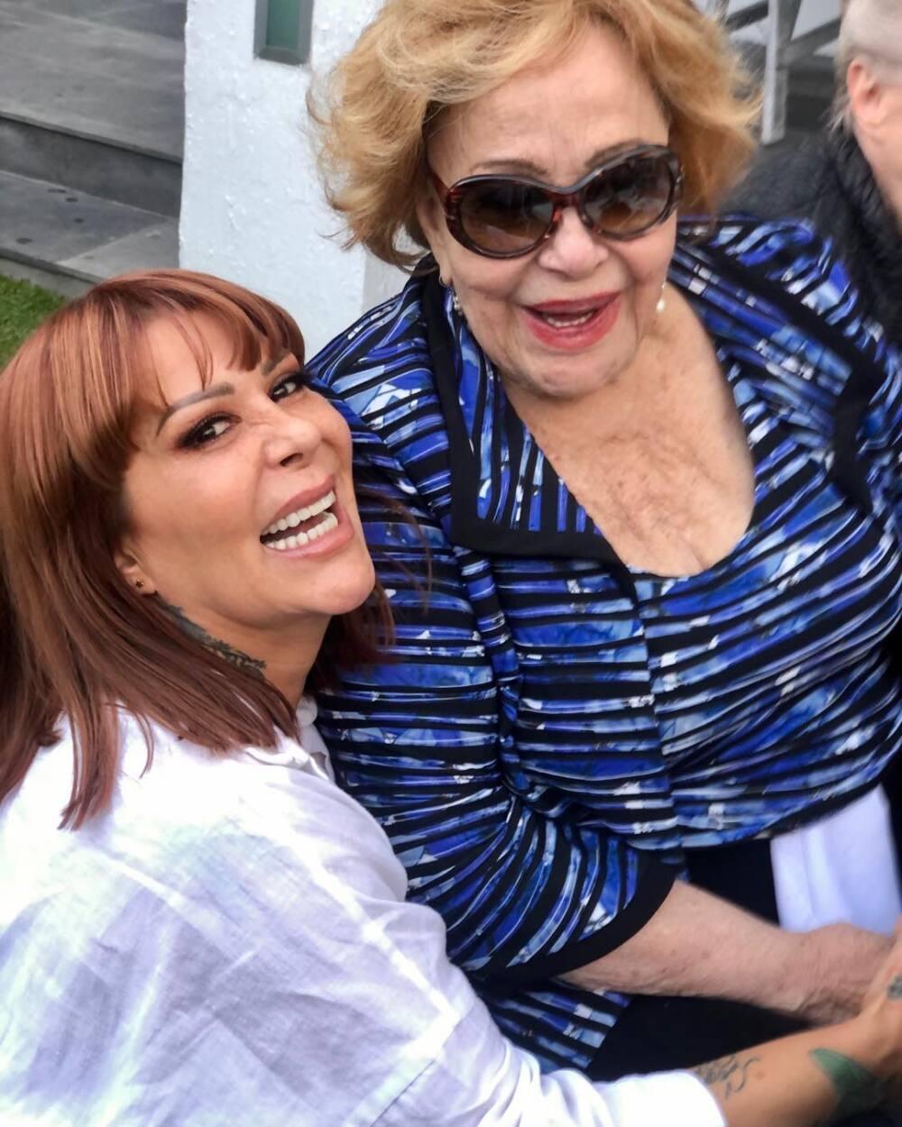 Silvia Pinal y Alejandra Guzmán.jpg