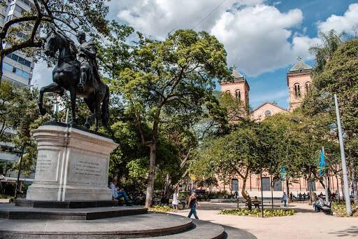Parque Bolívar.jpg