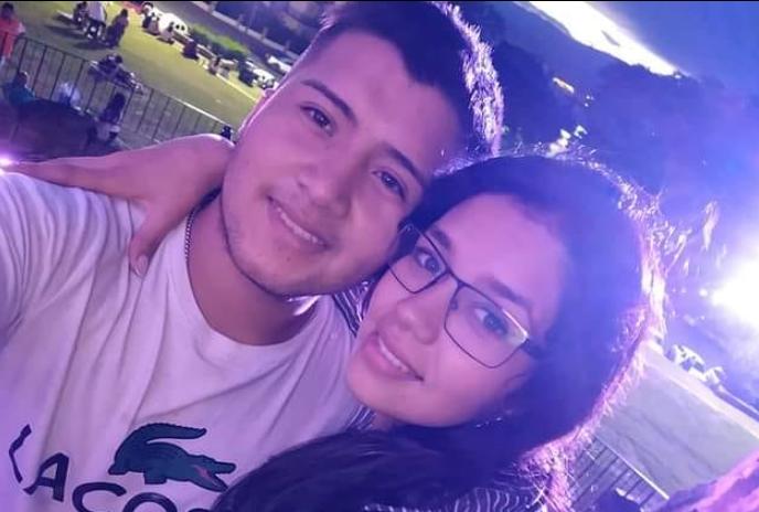 Encuentran a joven muerta y a su novio ahorcado en la misma habitación en Argentina