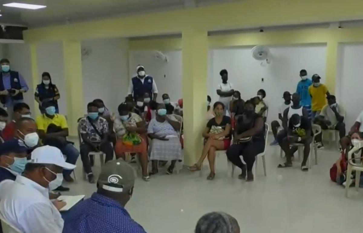 Desplazados que permanecen en Istmina, Chocó, claman acompañamiento para regresar a sus casas - Noticias de Colombia