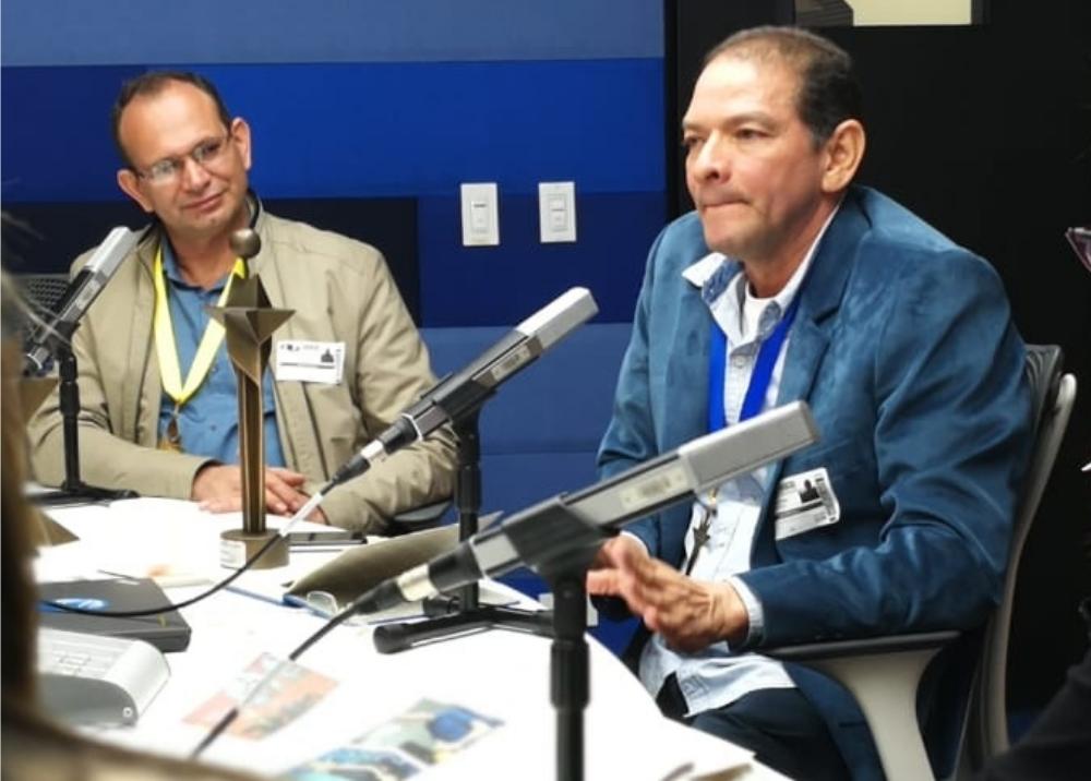 336094_BLU Radio // profesores Carlos Enrique Arias y Orlando Ariza // BLU Radio