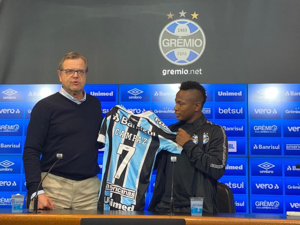 Jaminton Campaz fue presentado como nuevo jugador de Gremio
