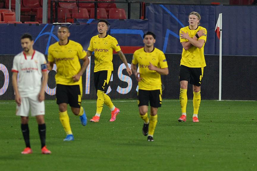 Erling Haaland es el goleador de la Champions League 2021-2022 con ocho tantos en cinco partidos. AFP.
