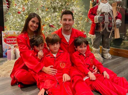 Antonella Roccuzzo Lionel Messi navidad