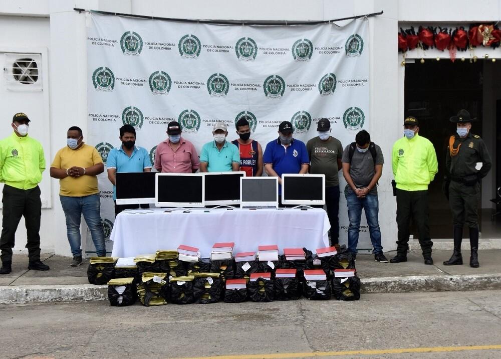 Capturados, entre ellos gerente del Banco Agrario en Santa Rosa, por minería
