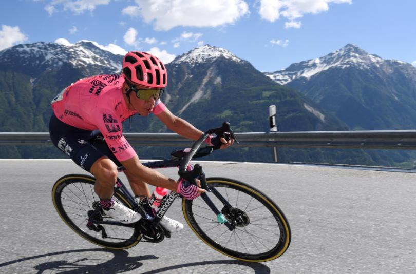 Rigoberto Urán es décimo en la general del Tour de Francia.
