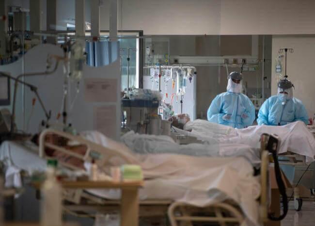 365692_COVID-19_Paciente // Foto: AFP Referencia
