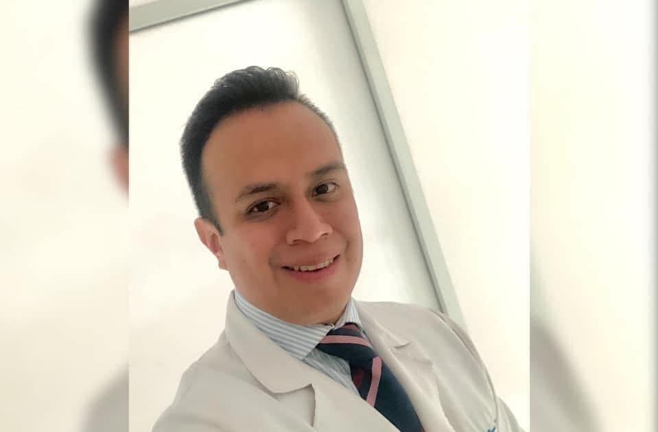 José Ramón Flores, Médico de México.jpeg