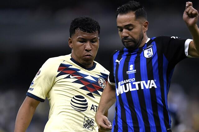 332824_Roger Martínez, jugador del América