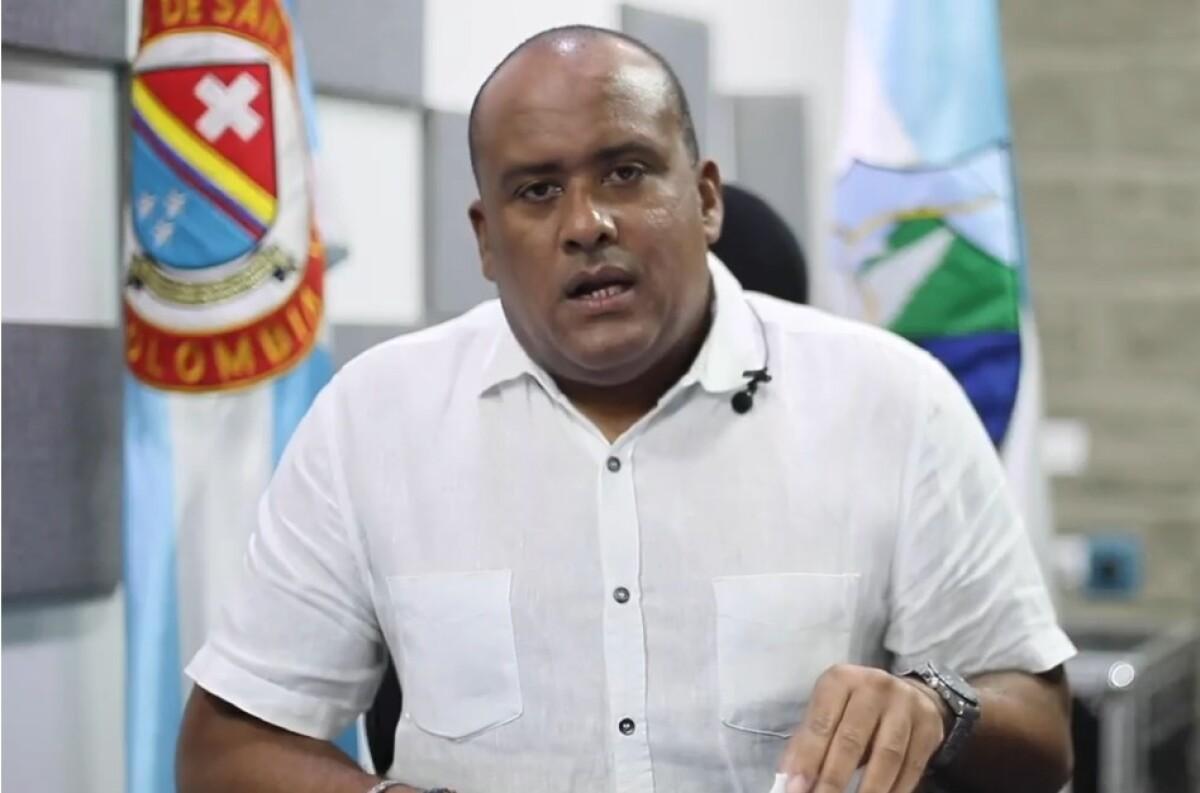 Después de casi siete meses de prisión, gobernador de San Andrés evita  referirse al fiscal Barbosa