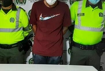 Capturan a hombre en Bugalagrande, Valle, que llevaba más de un kilo de cocaína oculto en sus zapatos