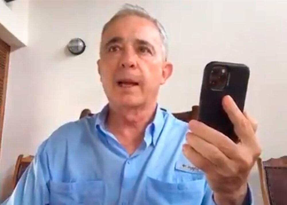 377395_Álvaro Uribe // Foto: captura video Twitter @AlvaroUribeVel