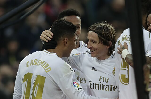 333938_Casemiro y Luka Modric
