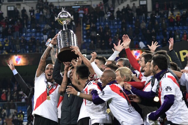 323367_River Plate