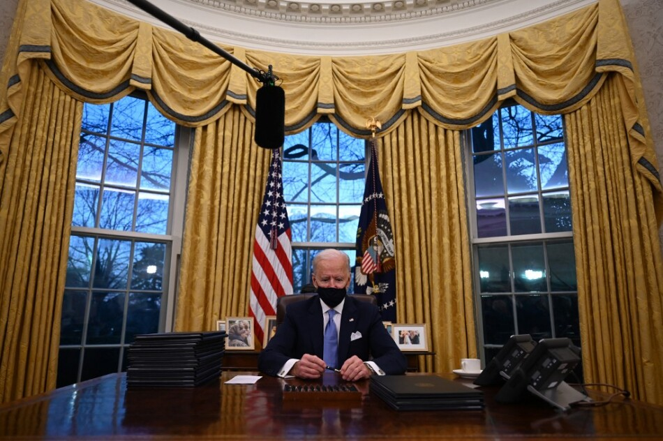 Joe Biden en la Oficina Oval