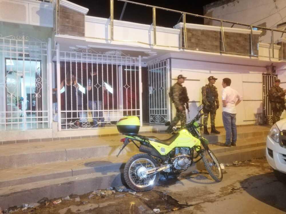 347090_BLU Radio// Allanamiento de vivienda en Soledad. Foto: BLU Radio