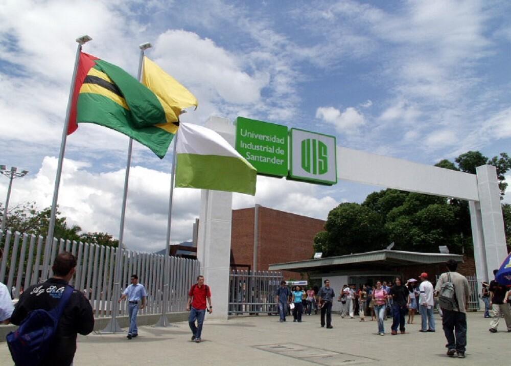 347469_BLU Radio. Universidad Industrial de Santander / Foto: UIS