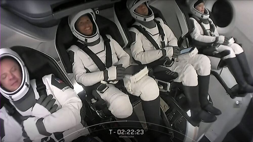Turistas espaciales SPACEX-INSPIRATION4