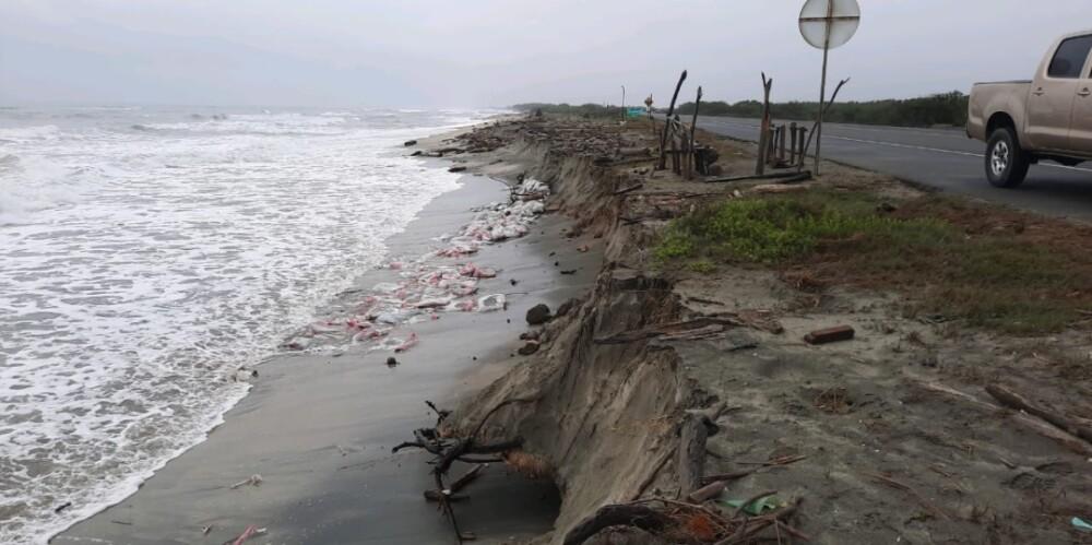 Erosión vía Ciénaga-Barranquilla.jpg