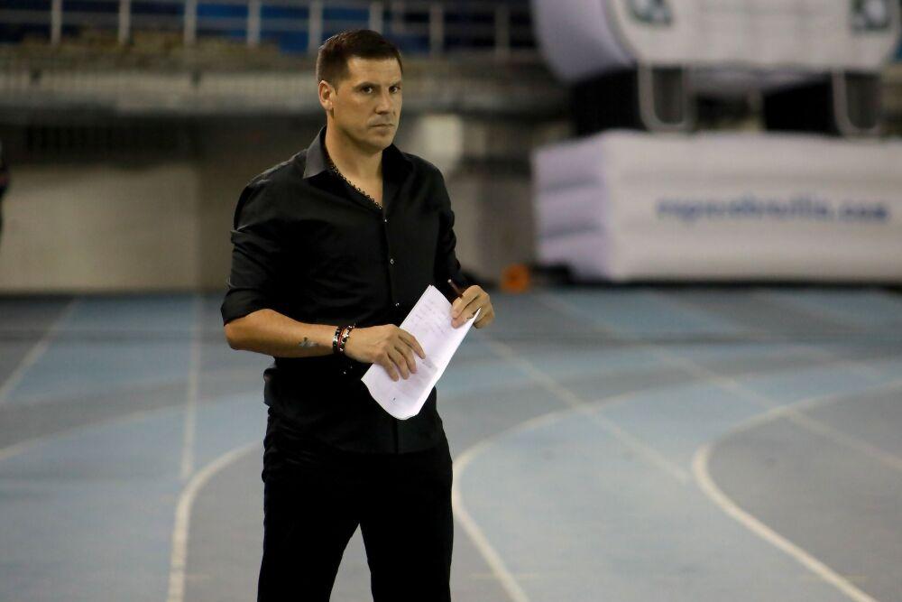 Juan Cruz Real, entrenador del América de Cali. Dimayor.jpeg