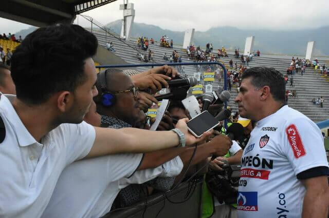 295986_Luis Fernando Suárez