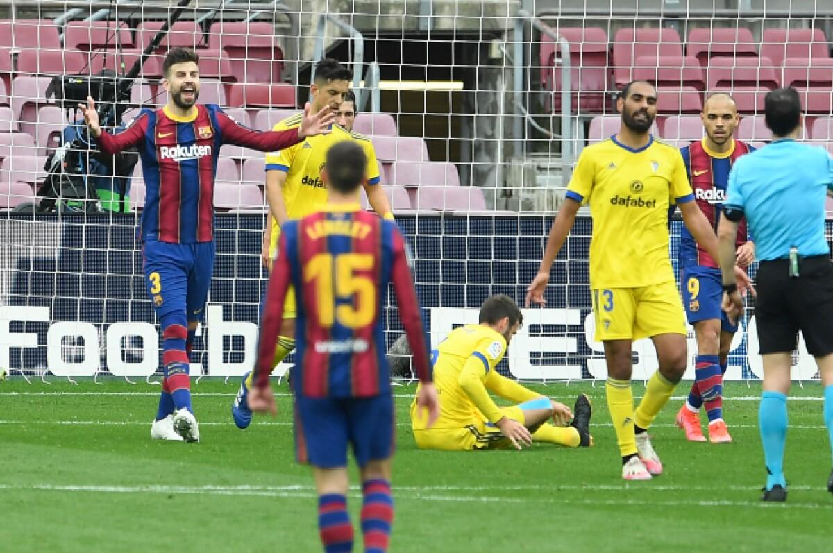 barcelona ya no hace respetar su estadio cdiz le empat
