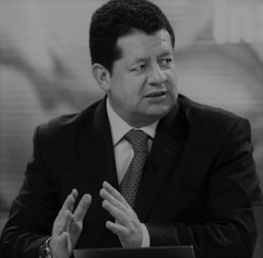 Jairo Ocampo, reconocido periodista y editor económico.jpeg