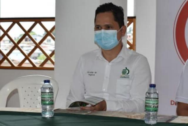 alcalde de Segovia, Antioquia, Didier Osorio, denuncia irregularidad de policías