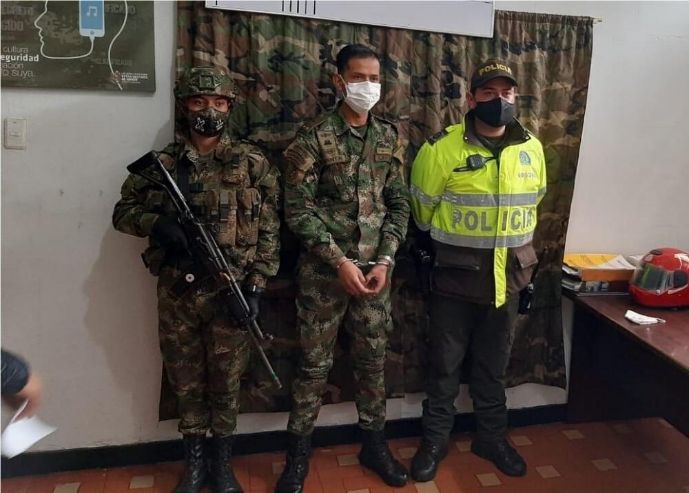 372545_Capturan a falso militar // Foto: Suministrada