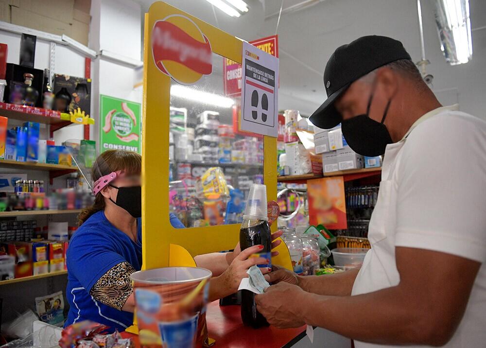 376311_Comercio durante la pandemia // Foto: AFP
