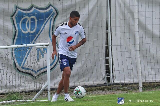 César Carrillo, futbolista colombiano