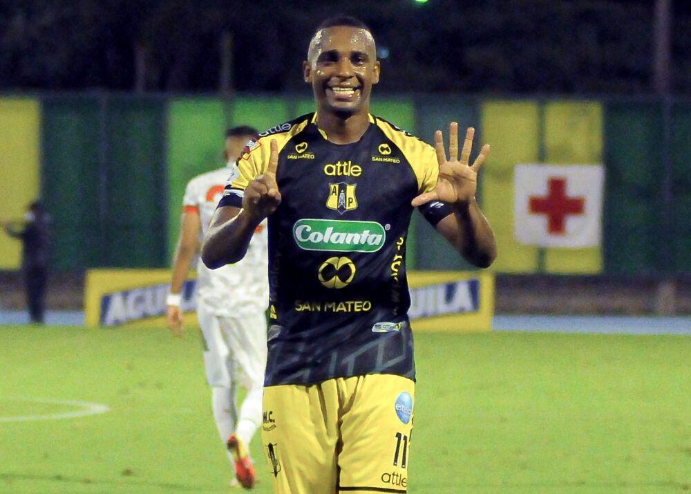 Bayron Garcés, delantero de Alianza Petrolera. Dimayor.jpeg