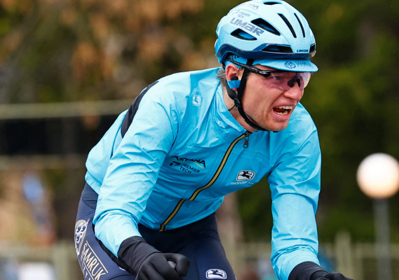 Aleksandr Vlasov es cuarto de la general del Giro de Italia.