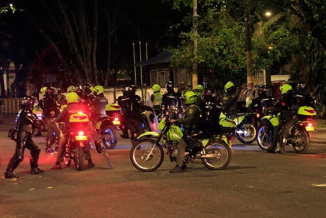 policia de Bogotá.jpg