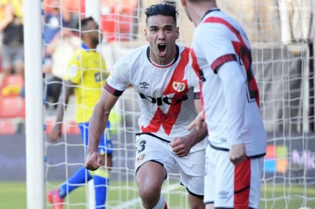 Celebración de Radamel Falcao García, tras su gol con Rayo Vallecano