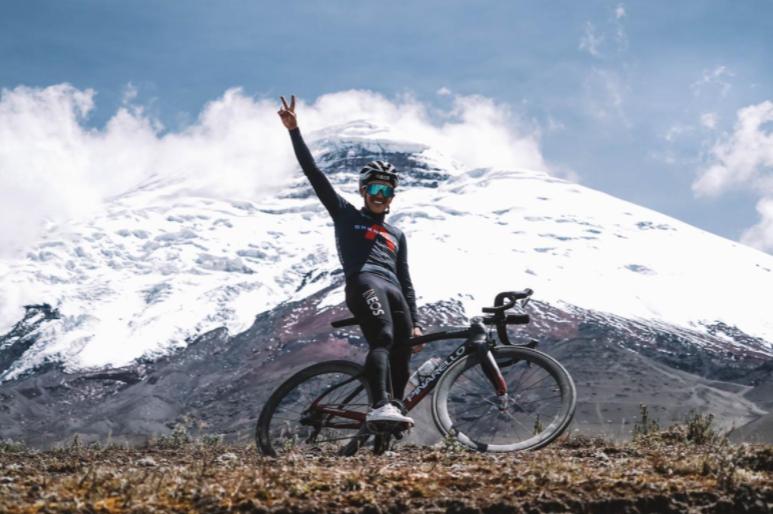 Richard Carapaz entrenó en el Volcán Cotopaxi a 4.800 metros de altura.