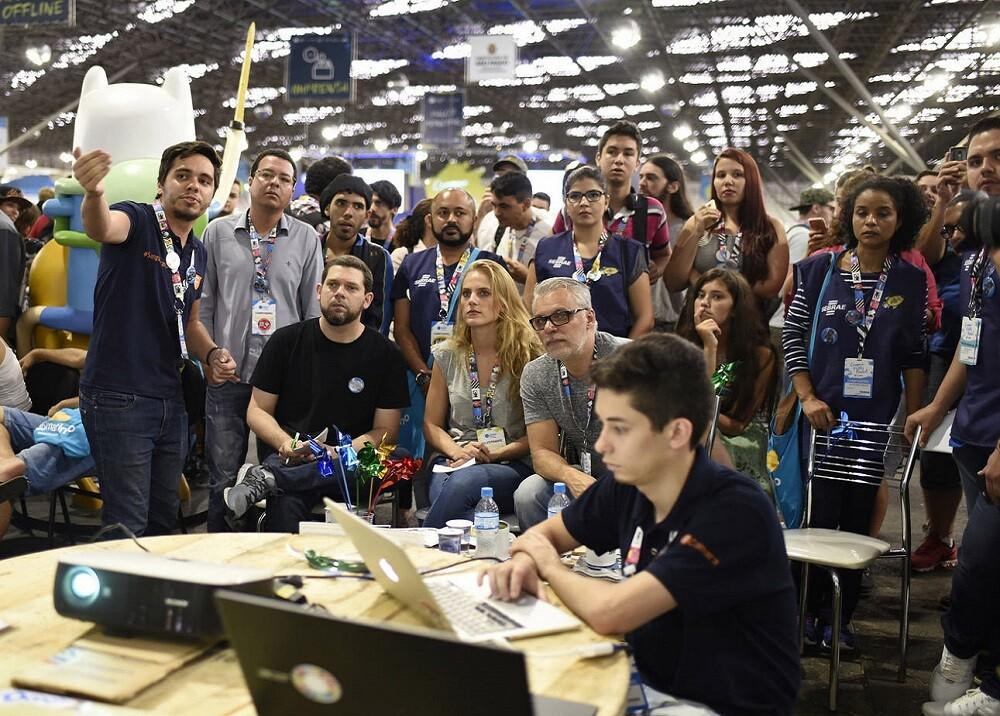 335560_BLU Radio. Caracol Next en el Campus Party // Foto: BLU Radio