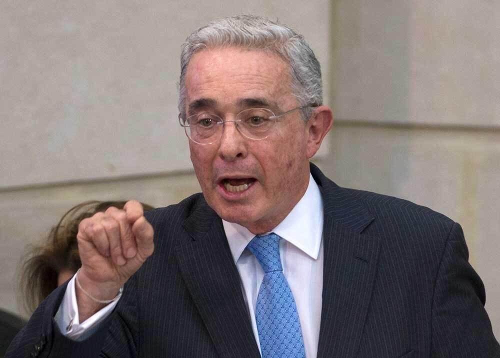 339443_Blu Radio // Álvaro Uribe // Foto: AFP
