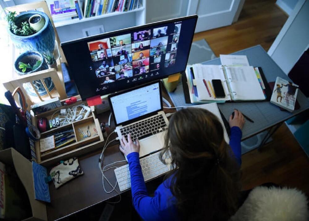 FOTO EDUCACIÓN VIRTUAL.jpg