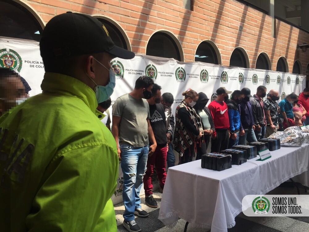 Capturados 25 integrantes de Los Carabanudos en el centro de Medellín.jpg