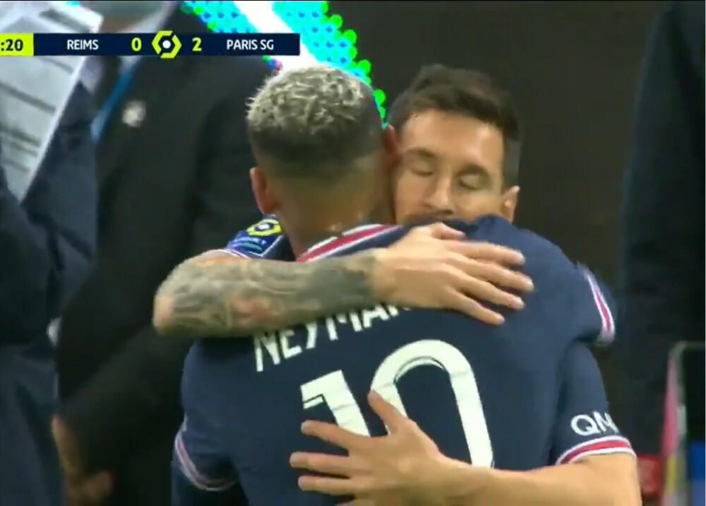 Messi y Neymar Foto Captura de video.jpg