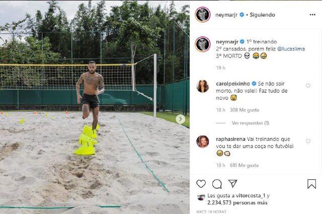333286_Neymar entrenando en su mansión de Brasil.