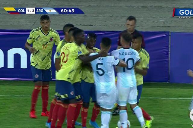 328968_pelea_colombia_argentina_180120_e.jpg