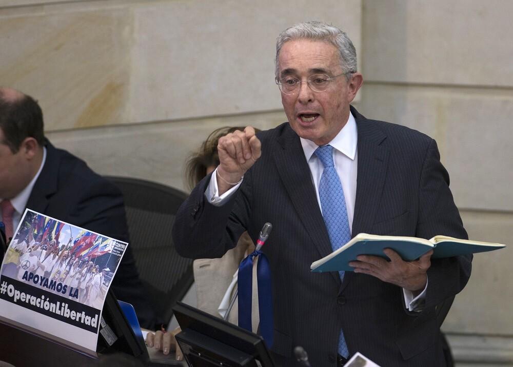 334360_BLU Radio. Álvaro Uribe // Foto: AFP