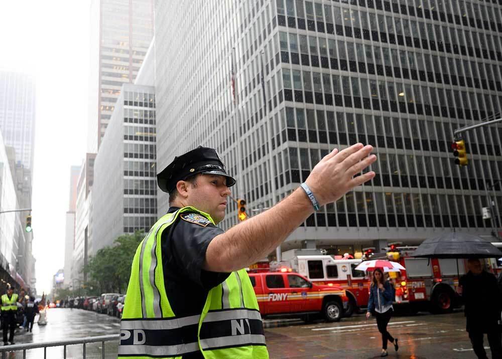 335979_BLU Radio // Emergencia en Manhattan por choque de helicóptero con rascacielos // Foto: AFP