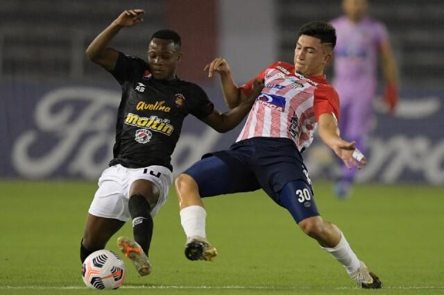 Junior vs Caracas