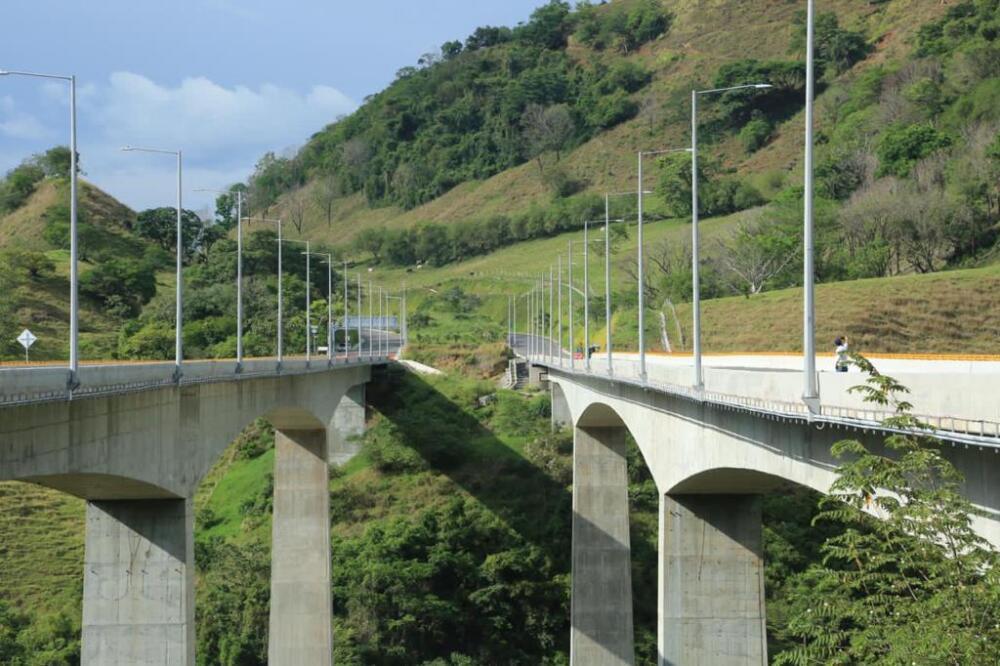 Obras pacífico 2 en Antioquia (3).jpeg